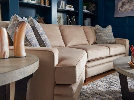 Living room with Meyer Sectional and accessories